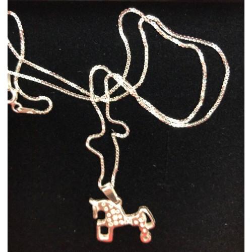 Colgante Caballo de Soria (2 x 2 cm)  con cadena 45 cm. Plata de ley