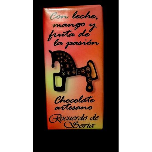 Chocolate con leche, fruta de la pasión y mango