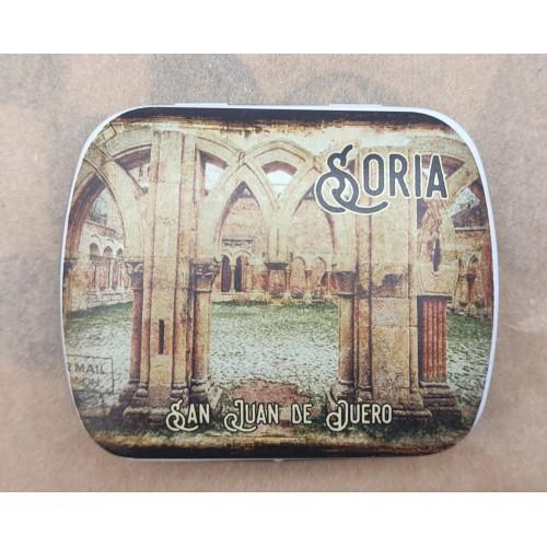 Caja metálica de los Arcos de San Juan de Duero con caramelos de menta