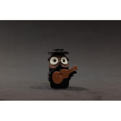 Búho guitarrista