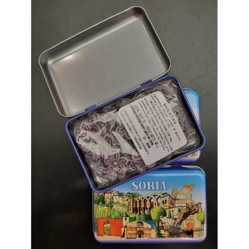 Caja metálica con caramelos